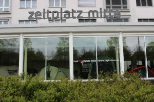 zeltplatzmitte_web
