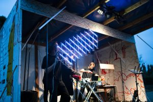 11.07.2019: Live-Act Ensemble Atonor mit Klangobjekten von Erwin Stache
